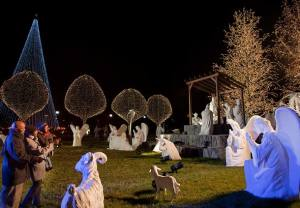 Gaylord Opryland outdoor nativity